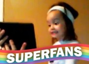 Superfan Cloe